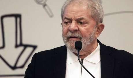 Lula cumpre pena em Curitiba