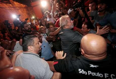 Gleisi critica STF e fala em 'prisão política' de Lula
