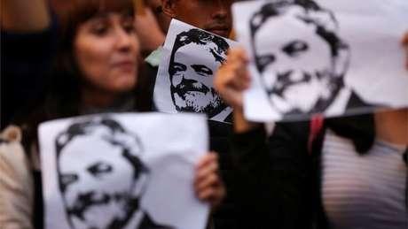 Ex-presidente tem muitos apoiadores mesmo após condenação por corrupção