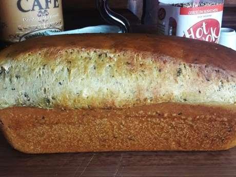 Pão de ervas e especiarias árabes
