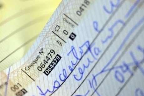 O novo prazo para a compensação nos cheques segue determinação da circular 3.859, publicada pelo Banco Central em novembro do ano passado.