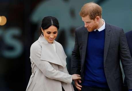 Príncipe Harry, do Reino Unido, e noiva, Meghan Markle, em Belfast, Irlanda do Norte   23/03/2018 REUTERS/Darren Staples