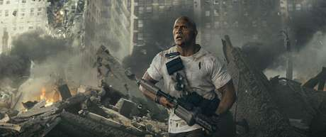 """Dwayne Johnson enfrenta animais gigantes em """"Rampage - Destruição Total"""""""