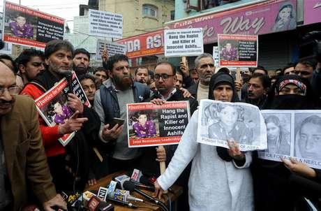 Muçulmanos gujjars foram às ruas para pedir que o crime não fique impune