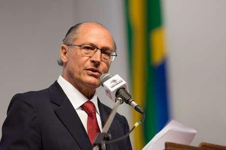 """Delatores da Odebrecht afirmam que Alckmin recebeu R$ 10,7 milhões em caixa dois do chamado """"departamento de propina"""" da empreiteira. Ele nega"""