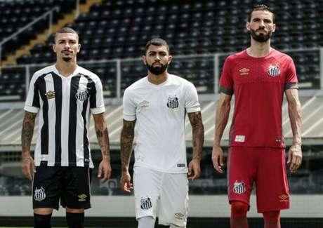 Santos divulga três camisas novas da Umbro (Foto  Divulgação) 821b1c2d60482
