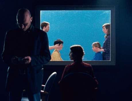 Daria Martin criou dois filmes explorando a sinestesia de espelho-toque