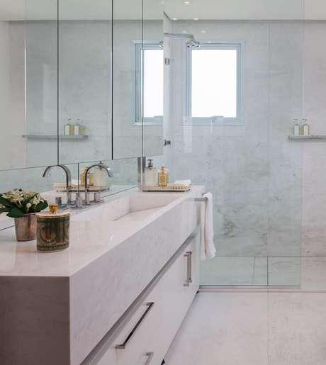 1. Modelos de banheiro com decoração clean