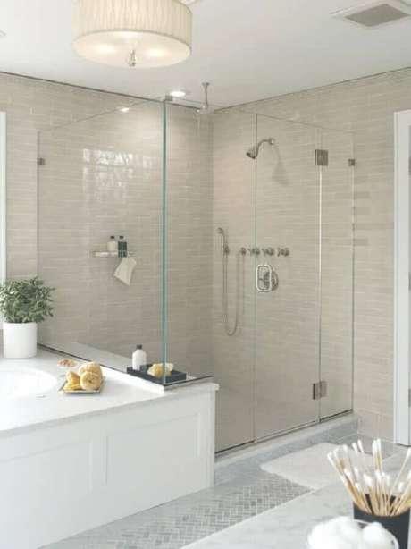 44. Modelos de banheiro com decoração clean