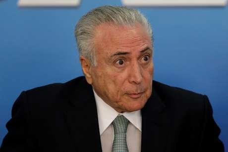Presidente brasileiro aparece na vice-lanterna em levantamento com mais de 400 jornalistas e articulistas de 14 países da região