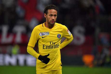 Neymar deve voltar à França em duas semanas (Foto: LOIC VENANCE / AFP)