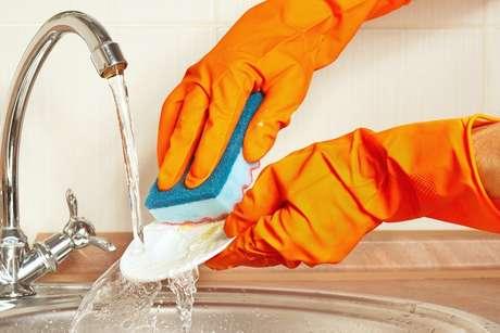 Dicas de como limpar objetos do dia dia: esponja