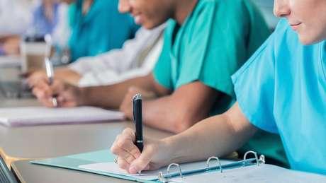 Cursos de Medicina são os mais procurados pelos brasileiros