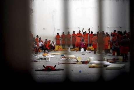 Sete mortos em rixa numa prisão dos EUA