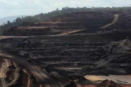 Vista da mina de Ferro Carajas, maior mina de ferro do mundo, operada pela Vale do Rio Doce, em Parauapebas, no Pará, Brasil 29/05/2012 REUTERS/Lunae Parracho