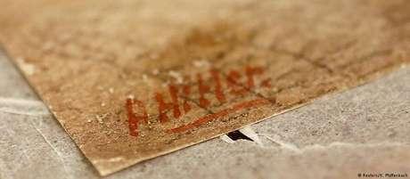"""Assinatura """"A. Hitler"""" em outra obra atribuída ao ditador nazista"""