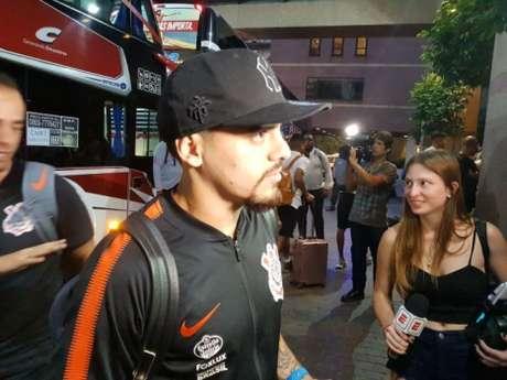 Fagner na chegada do Corinthians na Argentina