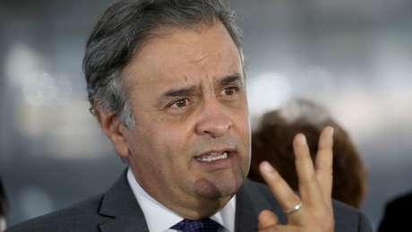 Aécio foi flagrado em uma gravação pedindo R$ 2 milhões para pagar despesas com advogados