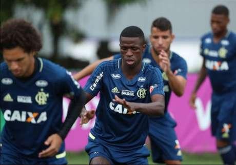 Vinícius Júnior tem a opção de seguir para o Real Madrid já no meio deste ano (Foto: Gilvan de Souza/Flamengo)