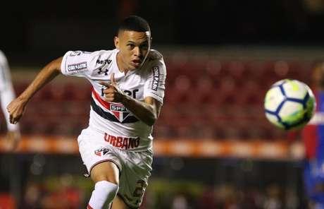 Jogador tem contrato com o São Paulo até junho e não sabe se permanecerá no Tricolor (Érico Leonan/saopaulofc.net)
