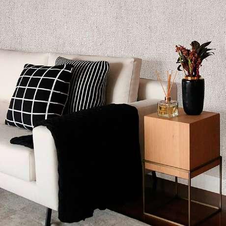 As mantas são perfeitas para decorar a casa durante o inverno e deixa-la mais quentinha e confortável