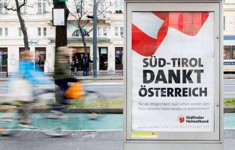 Anúncio em Viena agradece à Áustria por proposta de cidadania a tiroleses do sul