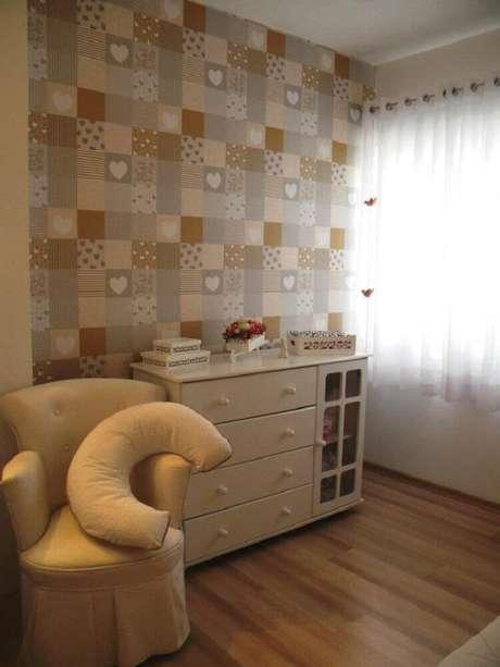 25. Modelo de papel de parede estampado para quarto de bebê