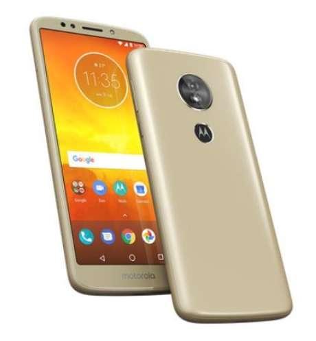 Com tela menor, Moto E5 traz resolução e câmera superiores (Imagem: Divulgação/Motorola)