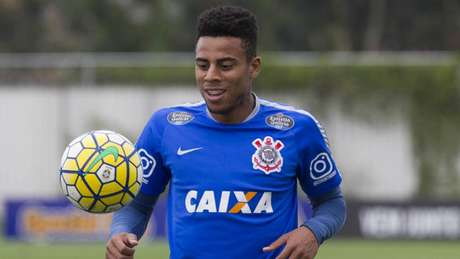 Pai de jogador do Corinthians é preso traficando drogas