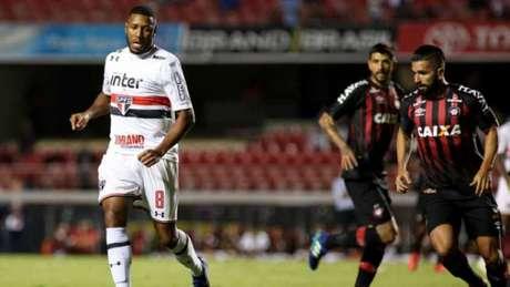 Jucilei lamentou a eliminação do São Paulo, após abrir vantagem de 2 a 0, no Morumbi (Foto: Luis Moura / WPP)