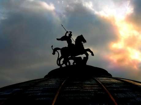 São Jorge, o santo guerreiro e protetor!