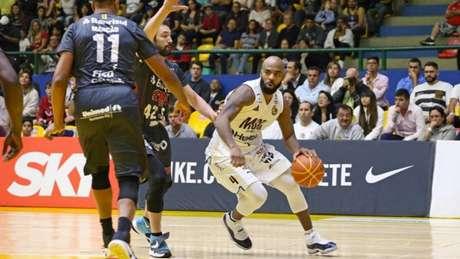 Mogi ainda vence a série por 2 a 1 e precisa de uma vitória para se classificar (Foto: Divulgação / LNB)