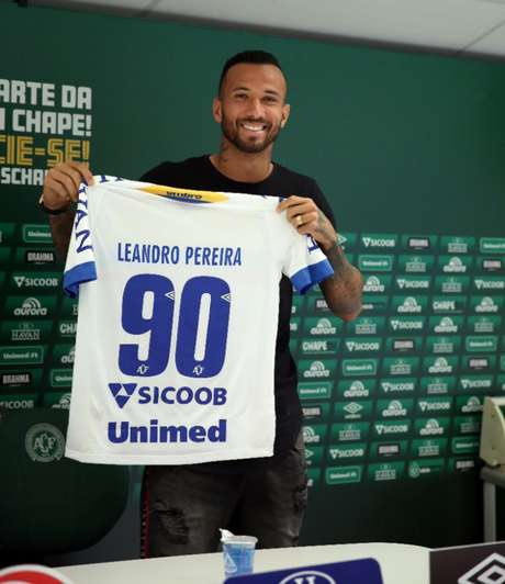 Leandro Pereira volta à Chapecoense depois de três anos (Foto: Sirli Freitas / Chapecoense)