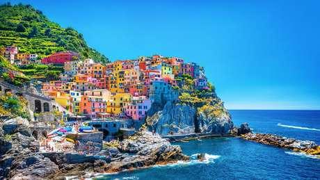 A colorida paisagem da região de Cinque Terre, na Itália, atrai milhões de visitantes