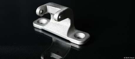 Peças de metal como esta podem ser modeladas com precisão em impressoras 3D