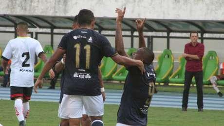 Atacante Isac do Remo, comemora o único gol marcado da partida (Créditos: Samara Miranda/Ascom Remo)