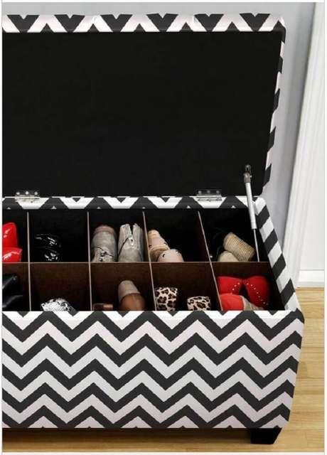 7. Puff baú para sala é excelente para manter o ambiente organizado