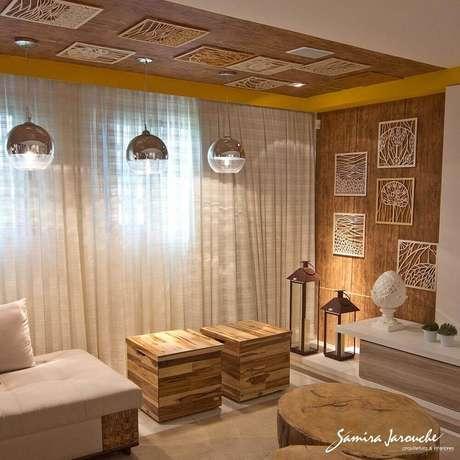8. O puff baú para sala é um item prático e funcional que permitirá manter o ambiente mais confortável e organizado.
