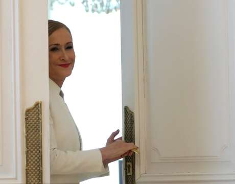 Governadora de Madri, Cristina Cifuentes, após anunciar sua renúncia