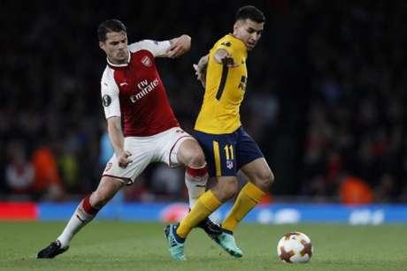 Arsenal e Atlético de Madrid empatam em 1 a 1 (Foto: Adrian DENNIS / AFP)