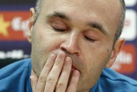 Iniesta está no Barcelona há 22 anos (Foto: Pau Barrena / AFP)