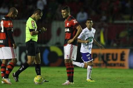 Retrospecto duro  Fla tem encontrado dificuldade diante de Ceará ou  Fortaleza (Foto  Paulo aba2f571f8408