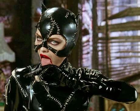 Michelle Pfeiffer, como Mulher-Gato