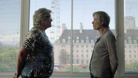 Jackie (à esquerda) e Gillian (à direita) são gêmeas, mas têm pesos diferentes