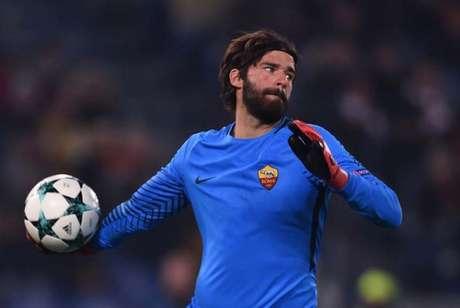 Alisson é um dos principais jogadores da Roma (Foto: FILIPPO MONTEFORTE / AFP)