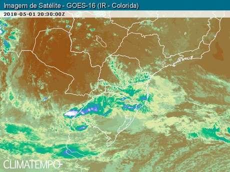 Previsão do tempo para quinta-feira, 3 de maio, em Santa Catarina