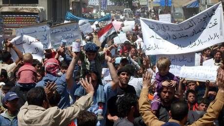 Os protestos contra o presidente da Síria começaram em 2011