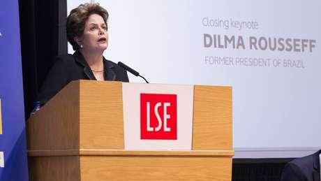 Dilma falou em um auditório da London School of Economics (LSE)