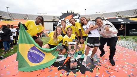 """Brasileiras do """"Em campo"""" foram campeões do primeiro torneio feminino da modalidade (Foto: Divulgação)"""