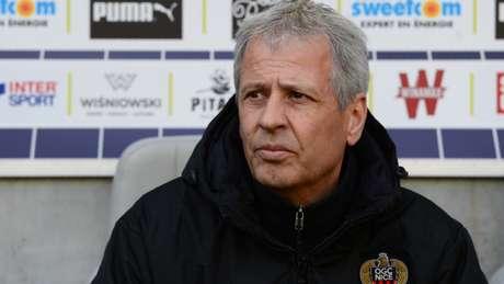 Segundo a 'Sky Sports', Lucien Favre será o novo técnico do Borussia Dormund (Foto: AFP)